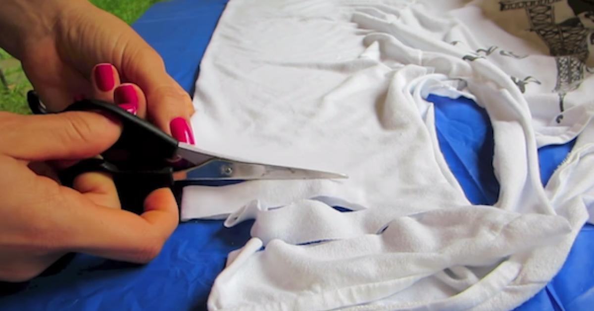 自己改t恤_淘汰舊T恤先別扔一把剪刀「把它救回來」-爆新聞